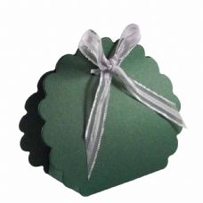 Dark Green Scalloped Clam Designer Favour Boxes